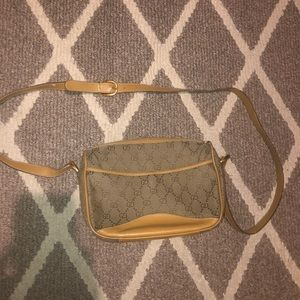vintage gucci bag flawed